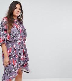 Бархатное платье с цветочным принтом и перекрученной отделкой Simply Be - Мульти