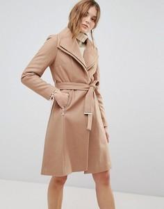 Пальто с двойным воротником и ремнем New Look - Коричневый