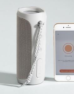 Белый Bluetooth-динамик с 12 часами беспрерывной работы JBL Flip 4 - Мульти