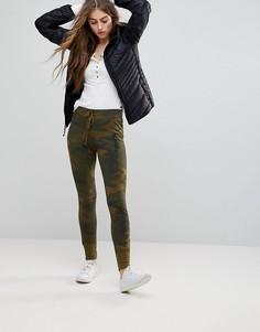 Джоггеры с камуфляжным принтом Abercrombie & Fitch - Зеленый