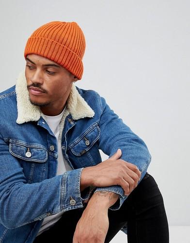 Ярко-оранжевая шапка-бини в рубчик New Look - Оранжевый