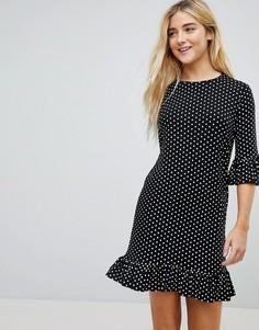 Свободное платье в горошек с оборкой по краю Daisy Street - Черный