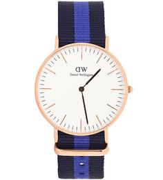 Часы с циферблатом круглой формы Daniel Wellington
