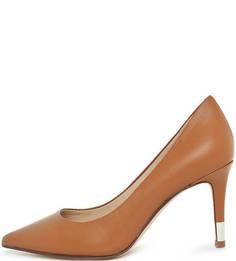 Коричневые кожаные туфли на шпильке Guess