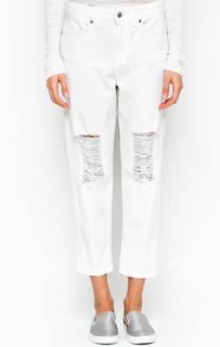 Рваные джинсы бойфренд белого цвета Drykorn