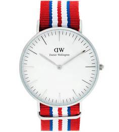 Часы круглой формы со съемным ремешком Daniel Wellington