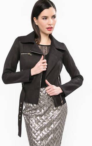 Легкая куртка на молнии со съемным поясом