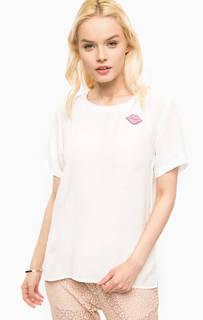 Белая блуза из вискозы со значком Kocca