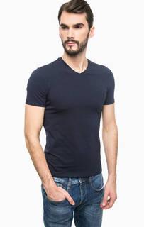 Базовая футболка с треугольным вырезом Guess