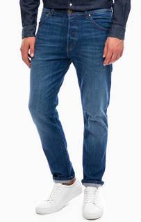 Зауженные джинсы с застежкой на болты Wrangler