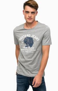 Серая футболка с принтом Mustang