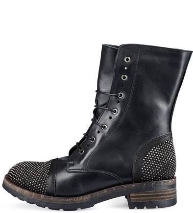 Кожаные ботинки с металлической отделкой