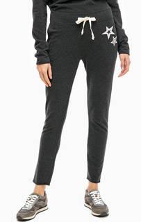 Серые брюки с декоративными нашивками Juvia
