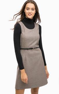 Платье без рукавов с расклешенной юбкой More & More