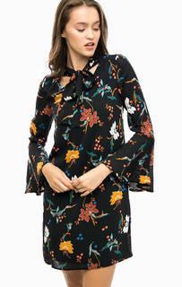 Черное платье с цветочным принтом More & More