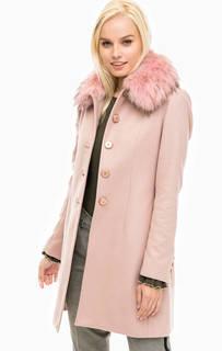 Розовое пальто с меховой отделкой Kocca