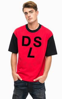 Красная футболка с нашивками Diesel