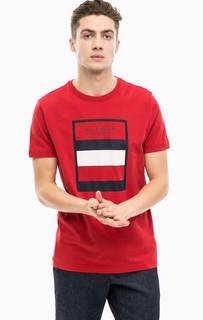 Красная хлопковая футболка с принтом Tommy Hilfiger