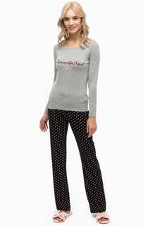 Комплект из футболки и брюк с принтом Guess
