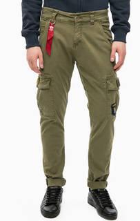 Хлопковые брюки с карманами и нашивками Alpha Industries