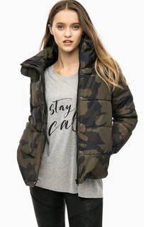 Короткая демисезонная куртка с камуфляжным принтом Blend She