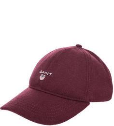Бордовая бейсболка с логотипом бренда Gant