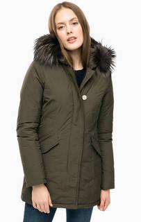 Удлиненный пуховик Ws Luxury Arctic Parka цвета хаки Woolrich