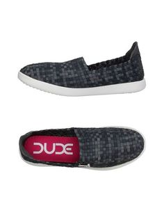 Низкие кеды и кроссовки HEY Dude Shoes