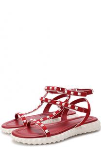 Замшевые сандалии Free Rockstud на массивной подошве Valentino