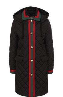 Приталенное стеганое пальто с капюшоном Gucci