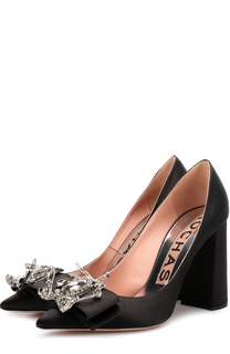 Атласные туфли с брошью на устойчивом каблуке Rochas