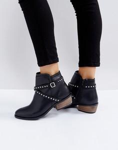 Ботинки на каблуке с заклепками Carvela - Черный