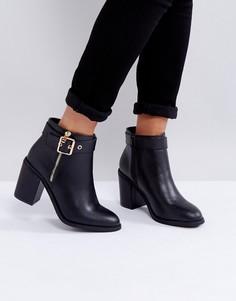 Ботинки на каблуке с металлической отделкой Miss KG - Черный