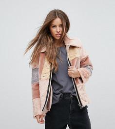 Куртка из искусственного меха в стиле пэтчворк ASOS PETITE - Мульти