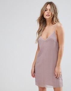 Фактурное платье-комбинация с тонкими бретелями и отделкой заклепками Wyldr Spirit Lights Starlight - Розовый