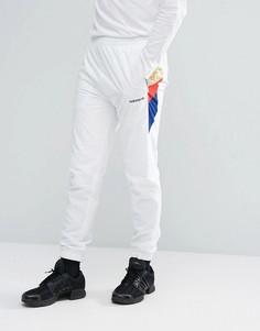 Белые спортивные джоггеры adidas Originals St Petersburg Tribe BS2213 - Белый