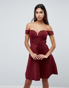 Короткое приталенное платье с открытыми плечами Glamorous - Красный