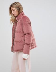 Бархатная дутая куртка QED London - Розовый