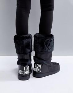 Зимние сапоги с искусственным мехом и логотипом Love Moschino - Черный