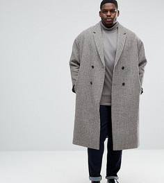 Полушерстяное пальто в ломаную клетку с заниженной линией плеч ASOS PLUS - Коричневый