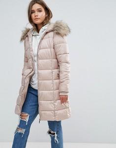 Стеганая куртка с искусственным мехом на капюшоне New Look - Бежевый