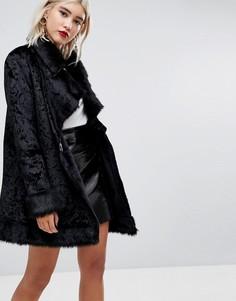 Бархатное пальто с запахом и меховой отделкой Lost Ink - Черный
