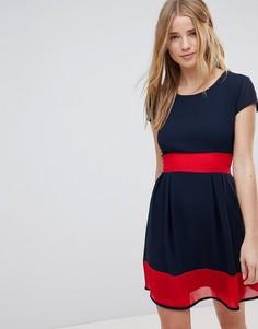 Короткое приталенное платье Wal G - Темно-синий