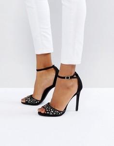Босоножки на каблуке из искусственной замши с заклепками New Look - Черный
