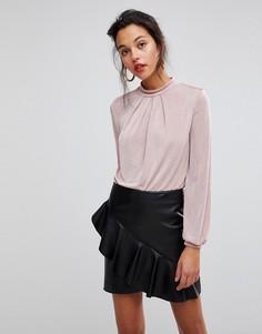 Блузка с высоким воротом и кружевом на спине Morgan - Розовый