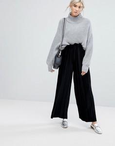 Плиссированные бархатные брюки с присборенной талией ASOS - Черный
