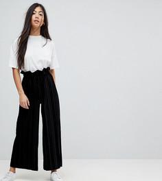 Бархатные брюки со складками и присборенным поясом ASOS PETITE - Черный
