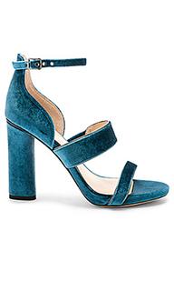 Туфли на каблуке с вельветовым верхом robeka - Vince Camuto