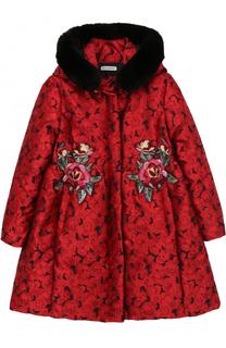 Утепленное пальто с вышивкой и меховой отделкой на капюшоне Dolce & Gabbana