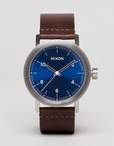 Часы с коричневым кожаным ремешком Nixon Stark - Коричневый